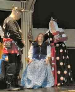Lady of Misrule Grace of Steltonwald. Photo by Arianna.