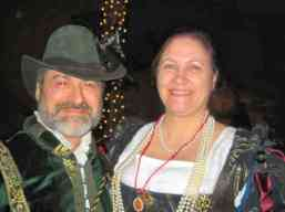 Lord Vigo da Napoli and THLady Madeleine de l'Este. Photo by Mistress Hilderun.