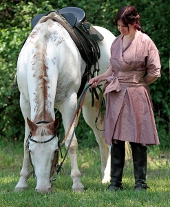 Tiercelin and her warhorse, Fionnbharr.