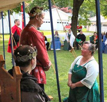 Lady Rachel receiving a Keystone. Photo by Kathleen Giesey