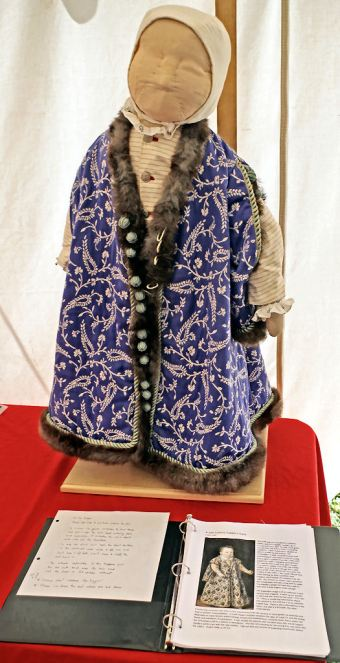 A child's breeching gown by Lady Abigail Kelhoge. Photo by Mistress Rowena ni Dhonnchaidh.