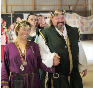 Baron Gunnar and Baroness Barbary Rose. Photo by Mistress Rowena.