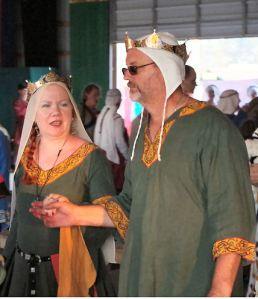Baron Carolus and Baroness Isolda at Pennsic 44. Photo by Mistress Rowena.