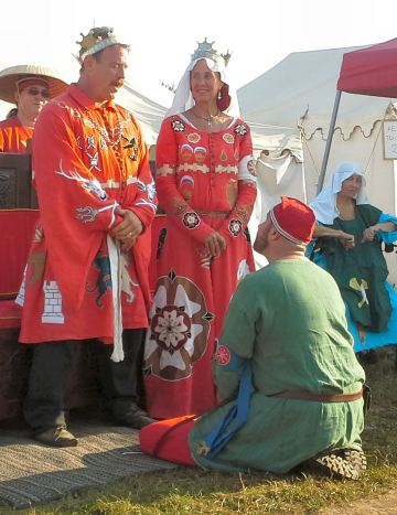 Lord Markus Skalpr Grimsson receiving his Cornelian. Photo by Mistress Arianna of Wynthrope.
