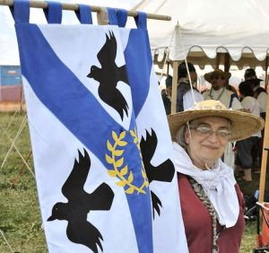 Baroness Sadira at Pennsic 44. Photo by Baron Steffan.