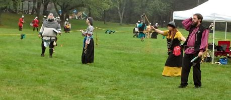 Thrown weapons competitors. Photo by Mistress Arianna of Wynthrope.