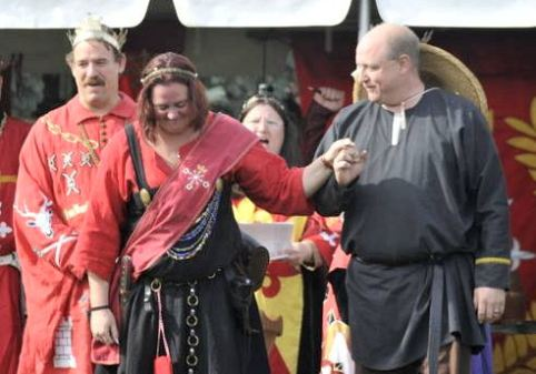 Aemelia Soteria is made a Court Baroness. Photo by Baron Steffan Wolfgang von Ravensburg.