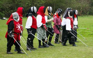 Æthelmearc's rapier unit, including Prince Byron and Princess Ariella. Photo by Lady Silence.