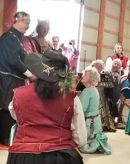 Lady Vivienne is inducted into the Fleur. Photo by Mistress Arianna.